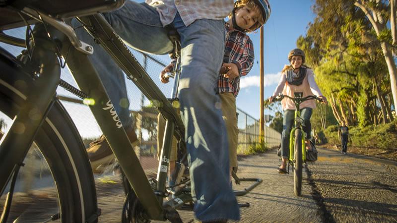 Mundo Lux Adopt Cargo Bike Lifestyle Test Ride